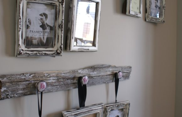 Write About Dwelling Decor for Elle Decor Journal