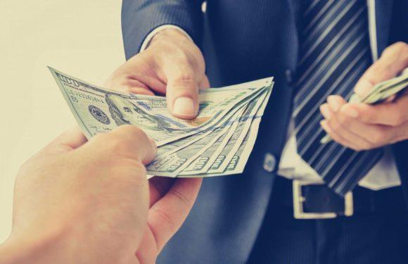Join Hands With Expert Moneylenders Today!