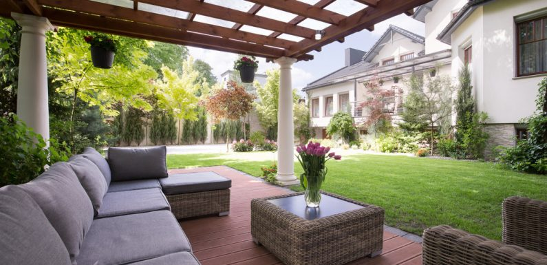Effective Ways to Improve Your Outdoor Living Area