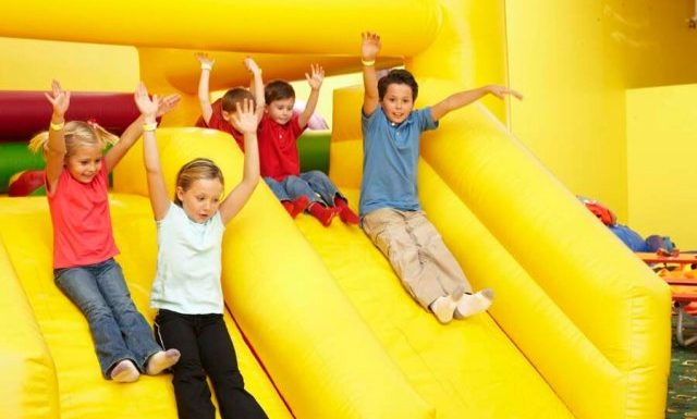 Keep your kids Happy and Healthy with Indoor Playgrounds