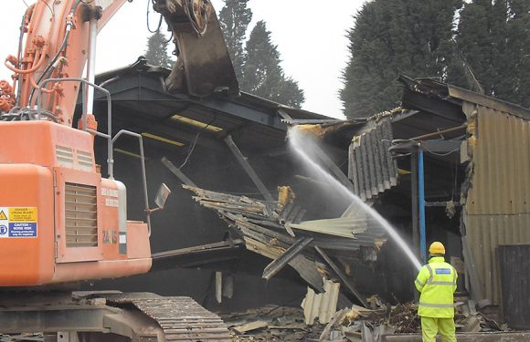 The methods demolition companies use to clear and prepare worksites